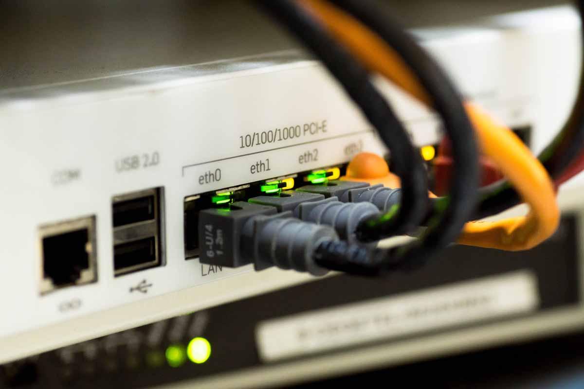 Netzwerk (WLAN/LAN)